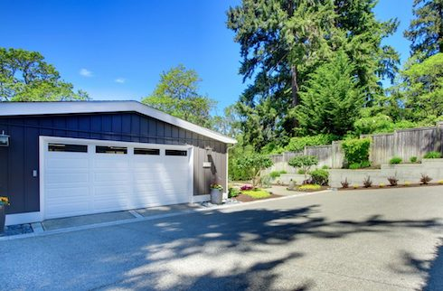 Concord-Garage-Door-Repair-and-Installation-Garage-Door-Replacement-1-490x322