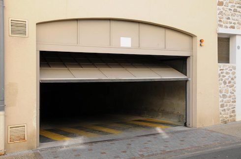 Concord-Garage-Door-Repair-and-Installation-Garage-Door-Service-2-490x325